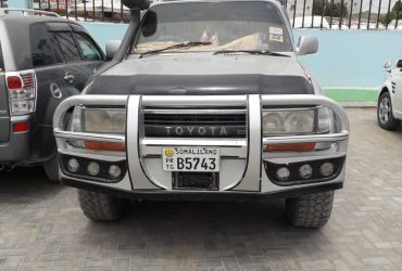 Toyota lancruser iib ah hargeisa
