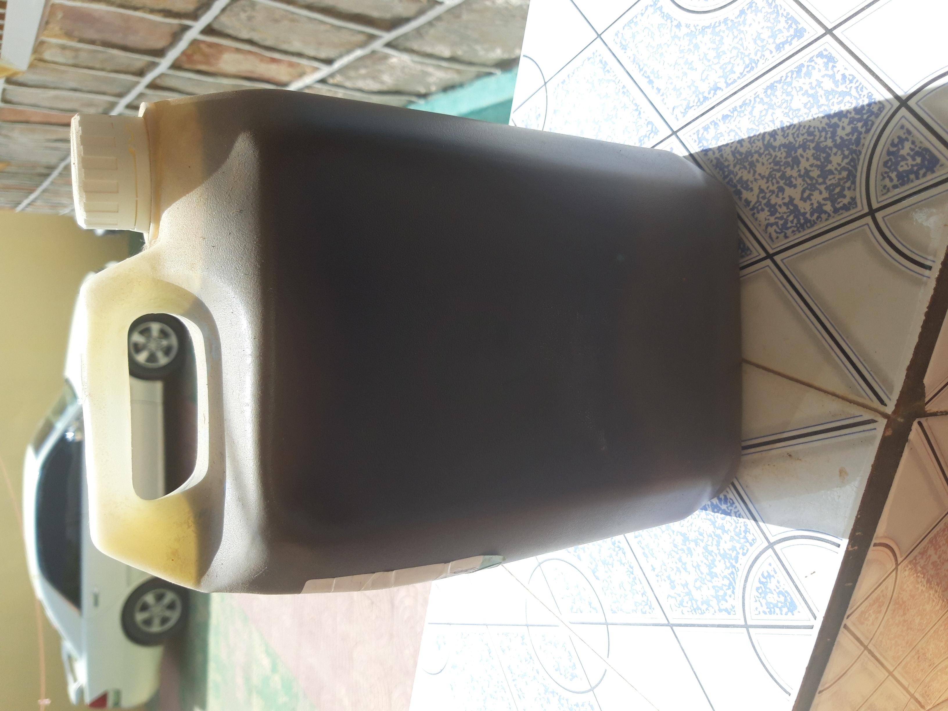 Dawada cayayaanka beeraha organic