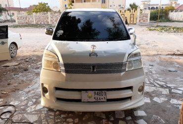Toyota Nouh voxy iib ah hargeisa