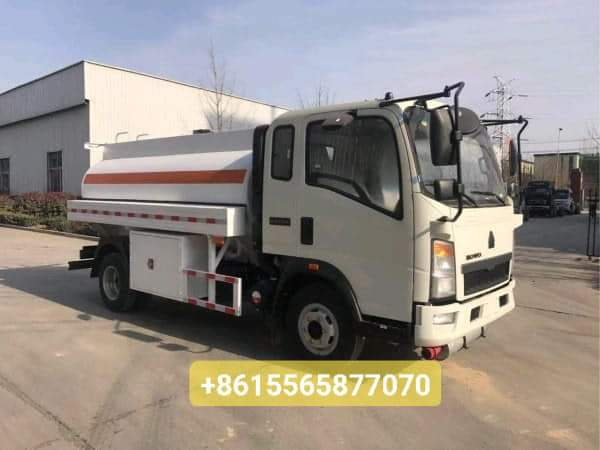 HOWO 4×2 5000L fuel tanker truck from China