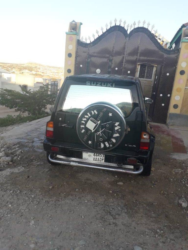 Suzuki vitara 2doors 4wheel drive iib ah hargeisa